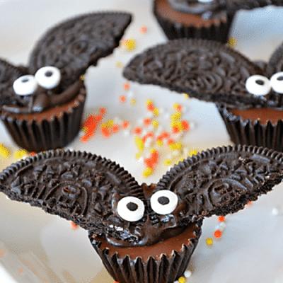 Шоколадные летучие мыши из печенья Oreo для Хэллоуина - рецепт с фото