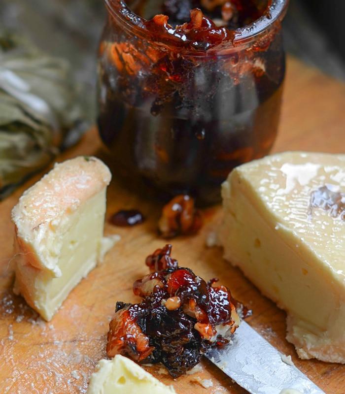 Варенье из спелых слив с орешками – любимая заготовка