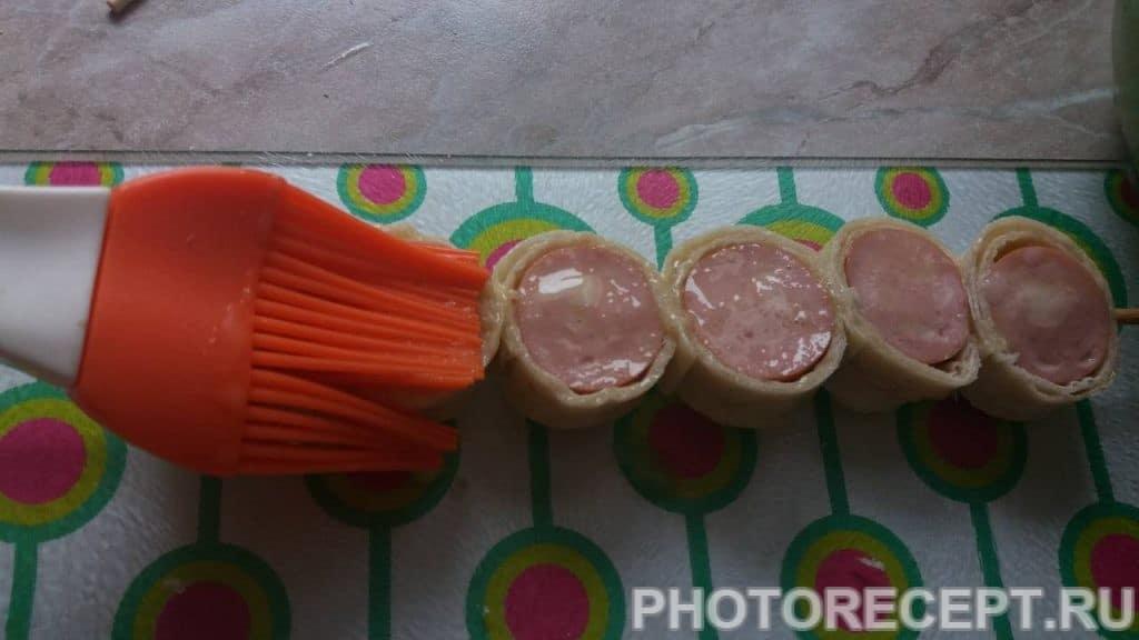 Фото рецепта - Шашлычки из сосисок в лаваше - шаг 7