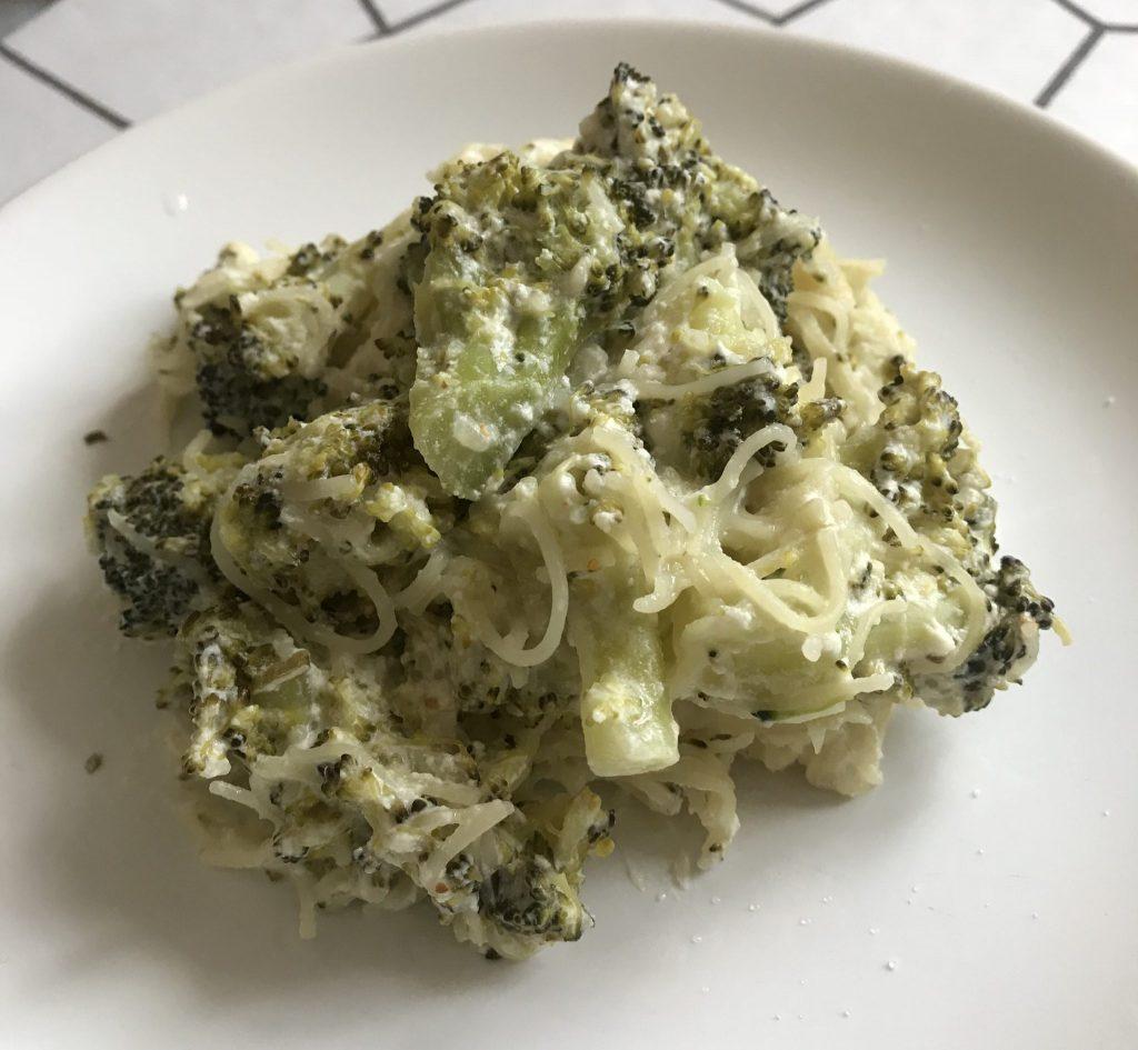 Фото рецепта - Паста с брокколи в сливочном соусе - шаг 5