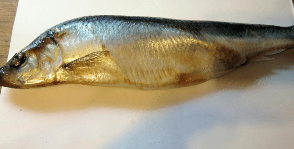 Фото рецепта - Рулет из лаваша с рыбной начинкой - шаг 1