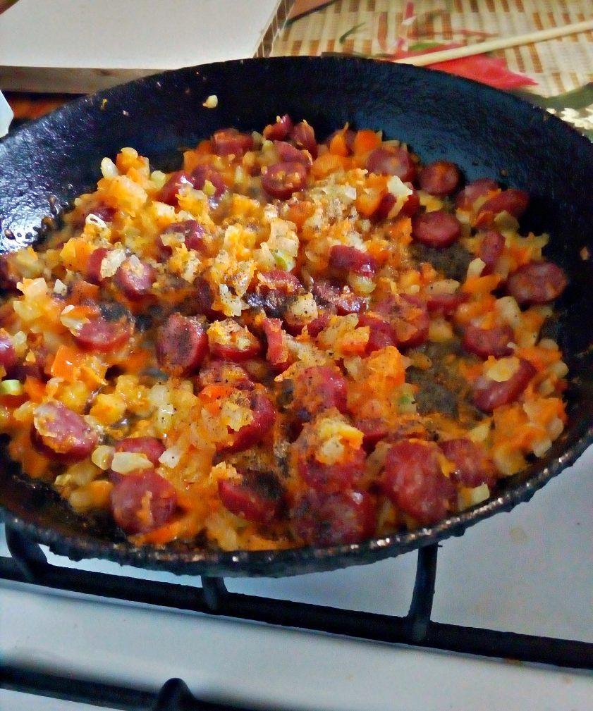 Фото рецепта - Суп вермишелевый с охотничьими колбасками - шаг 4