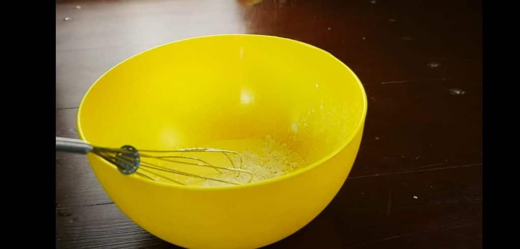 Фото рецепта - Закуска — Снеки (на молоке) - шаг 1