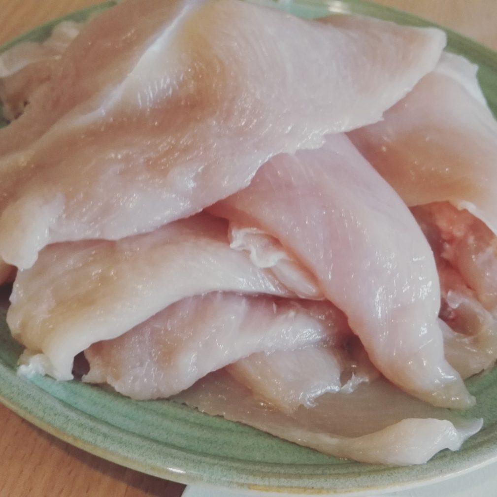 Фото рецепта - Куриная грудка в паприке, приготовленная в мультиварке - шаг 2