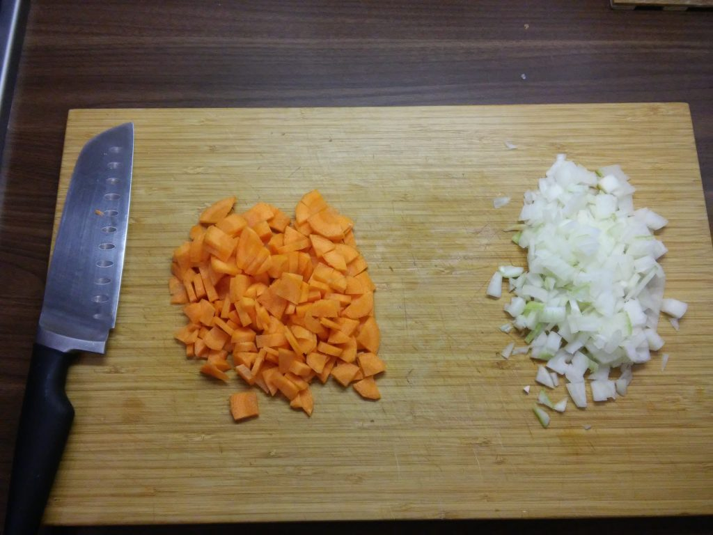 Фото рецепта - Постный суп-пюре из тыквы - шаг 2