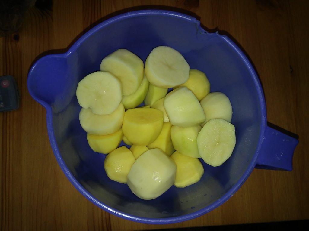Фото рецепта - Как правильно сварить вкусный картофель - шаг 1