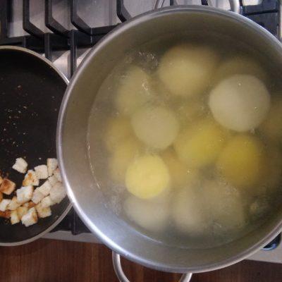 Фото рецепта - Как правильно сварить вкусный картофель - шаг 3