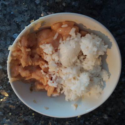 Фото рецепта - Тефтели куриные с рисом - шаг 2