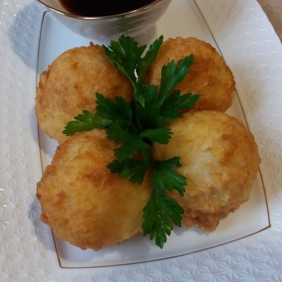 Фото рецепта - Рисовые шарики в сырной корочке - шаг 6