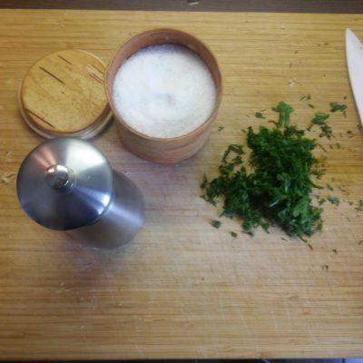 Фото рецепта - Картофель отварной на сковороде - шаг 3