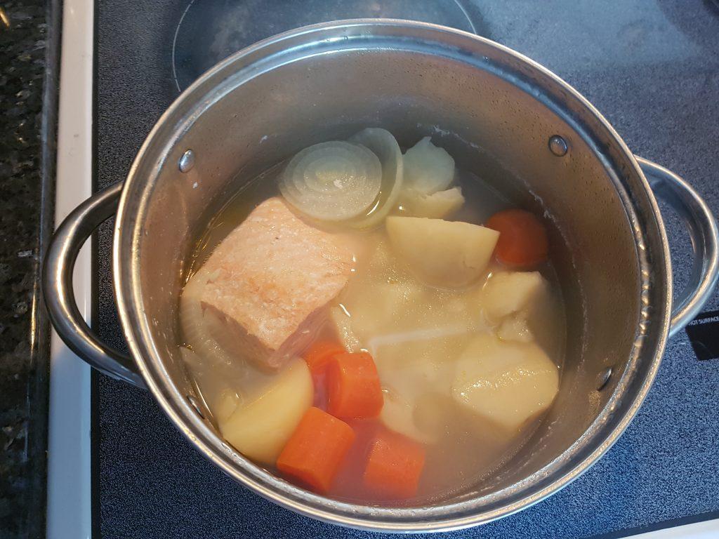 Фото рецепта - Крем-суп из лосося - шаг 3