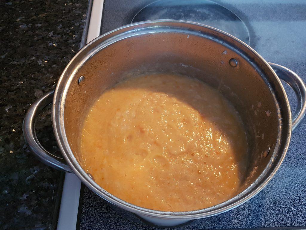 Фото рецепта - Крем-суп из лосося - шаг 4