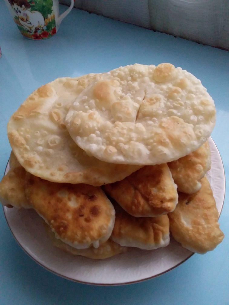 Фото рецепта - Жареные пирожки с картошкой по-казахски - шаг 4