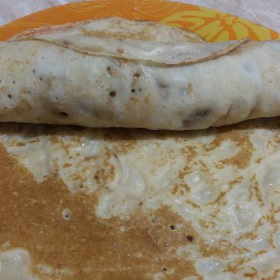 Фото рецепта - Роллы из блинов с бананом - шаг 5
