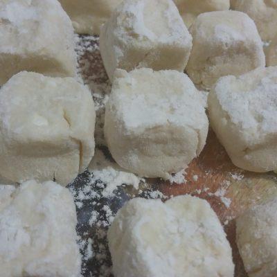 Фото рецепта - Тесто для ленивых вареников с творогом - шаг 5