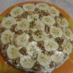 Фото рецепта - Торт из овсяноблинов с тыквой, бананом, творогом и орехами - шаг 5