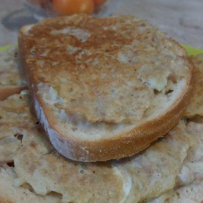 Фото рецепта - Закусочные горячие бутерброды с фаршем индейки и картофелем - шаг 5