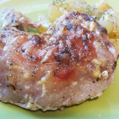 Куриные ножки с хрустящей корочкой в фольге с картофелем - рецепт с фото