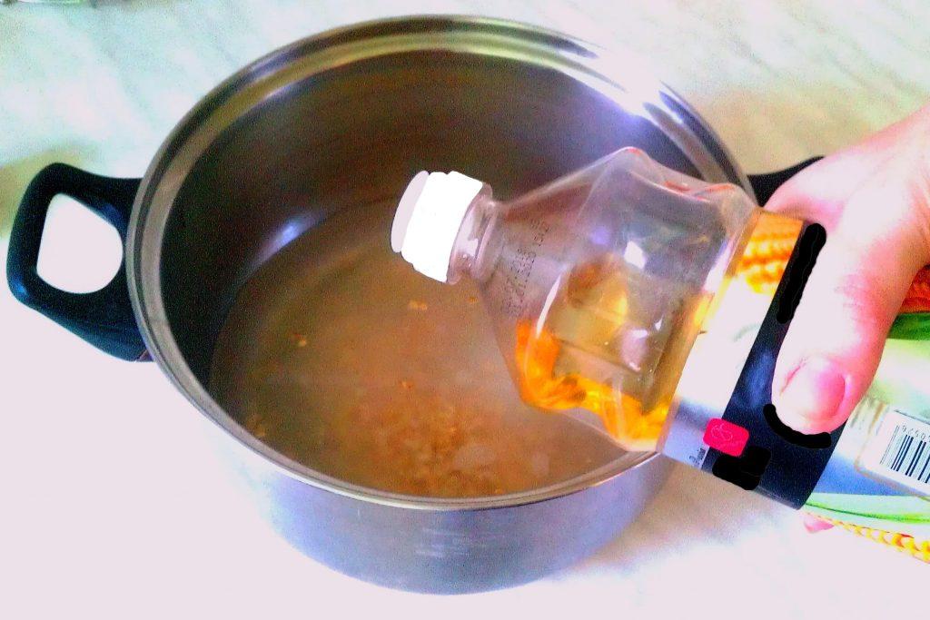 Фото рецепта - Хлебец с отрубями и овсяными хлопьями на дрожжевом тесте - шаг 3