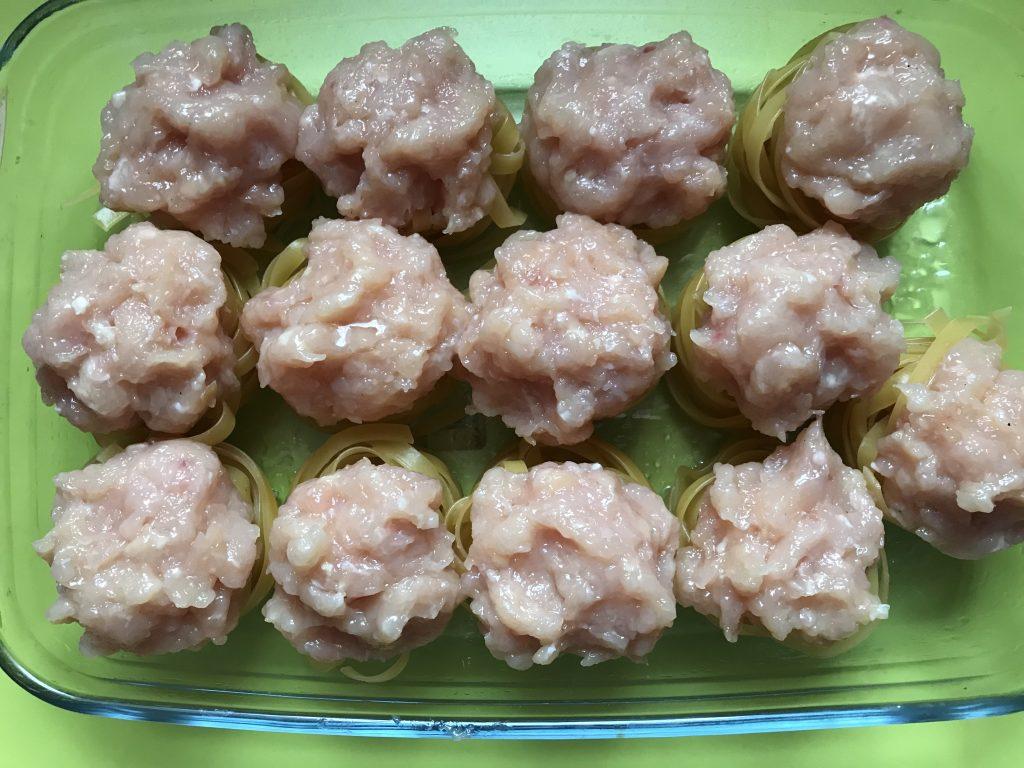 Фото рецепта - «Гнезда» в духовке с куриным фаршем - шаг 4