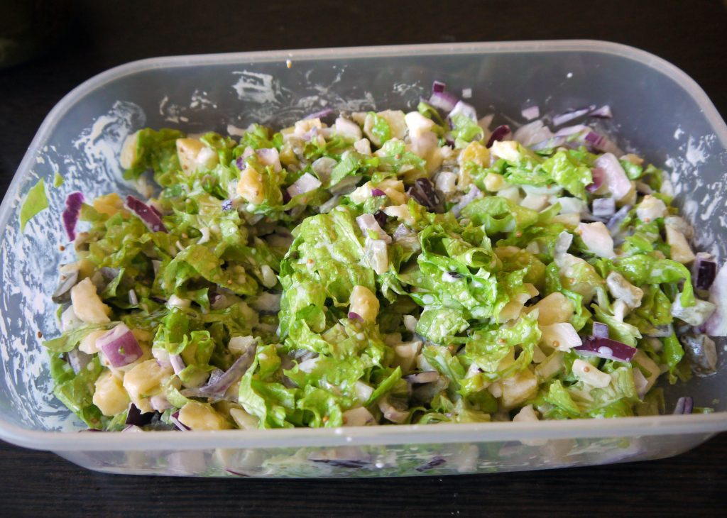 Фото рецепта - Картофельный салат «Свежесть» - шаг 7