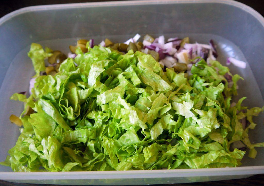 Фото рецепта - Картофельный салат «Свежесть» - шаг 2