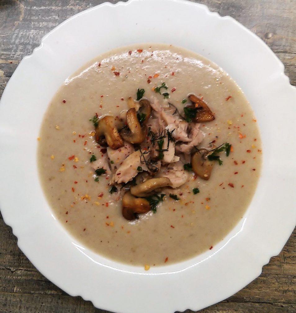 Фото рецепта - Грибной суп-пюре на курином бульоне - шаг 4