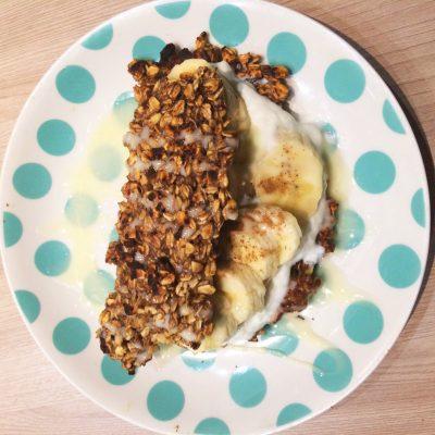 Овсяноблин с начинкой из творога и банана - рецепт с фото