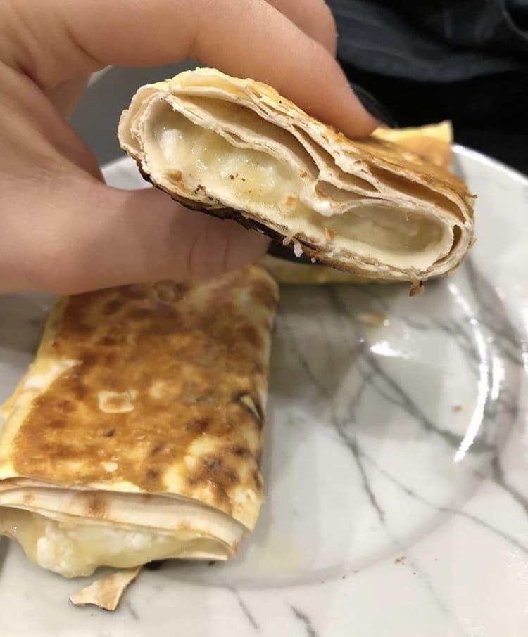 Фото рецепта - Ленивый хачапури из лаваша с творогом и сыром - шаг 5