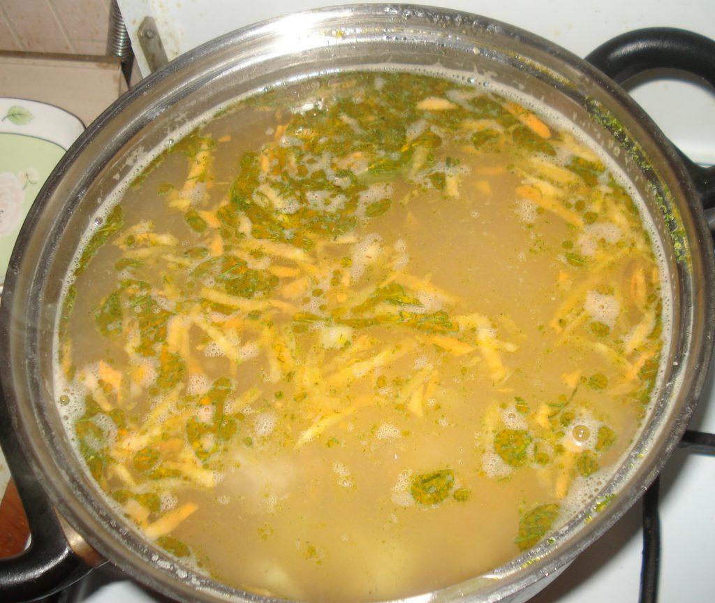 Фото рецепта - Гречневый суп на говядине, с предварительной обжаркой крупы - шаг 7