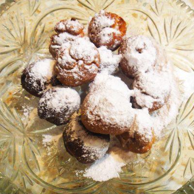 Творожные пончики жареные в масле - рецепт с фото