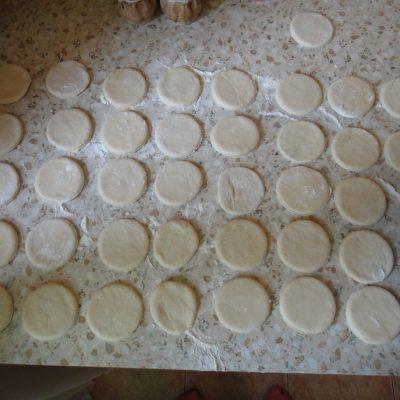 Фото рецепта - Вареники с картофелем - шаг 5