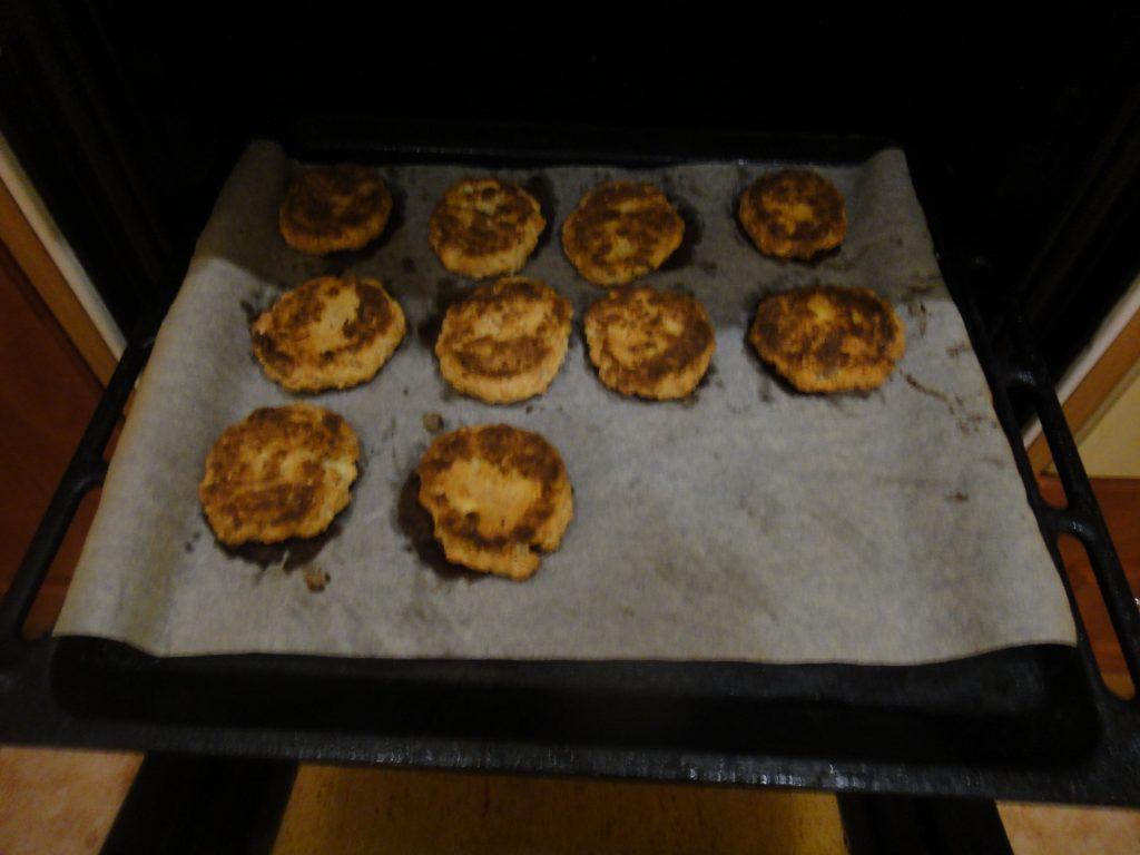 Фото рецепта - Овсяно-творожное печенье - шаг 5