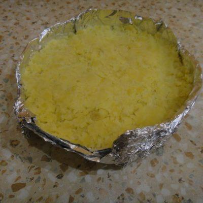 Фото рецепта - Картофельная запеканка с тушенкой - шаг 7