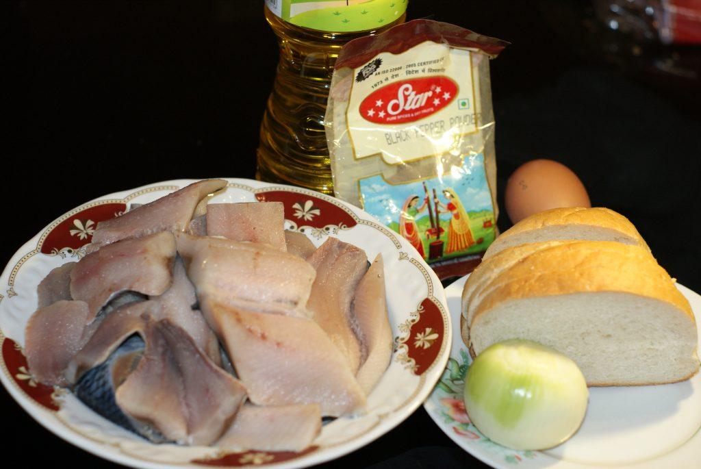 Фото рецепта - Рыбные котлеты из филе сельди - шаг 1