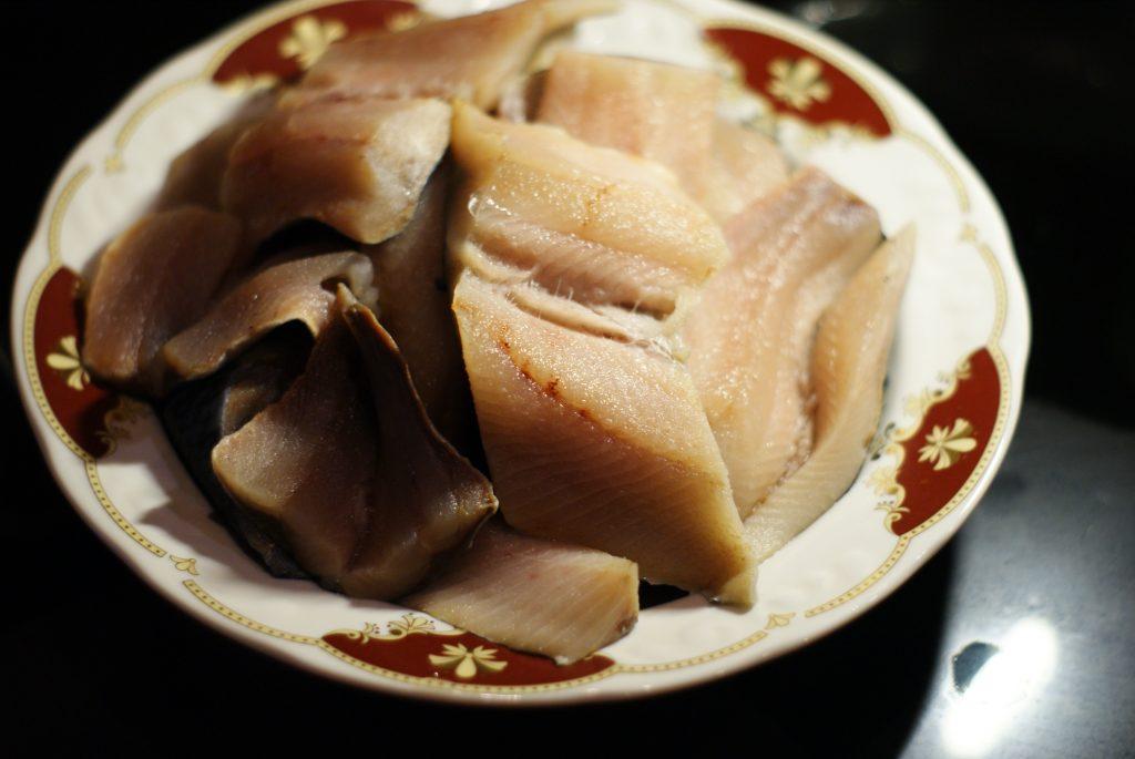 Фото рецепта - Рыбные котлеты из филе сельди - шаг 2