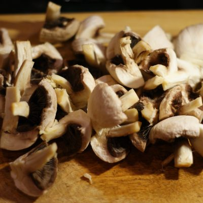 Фото рецепта - Куриное филе с грибами - шаг 4