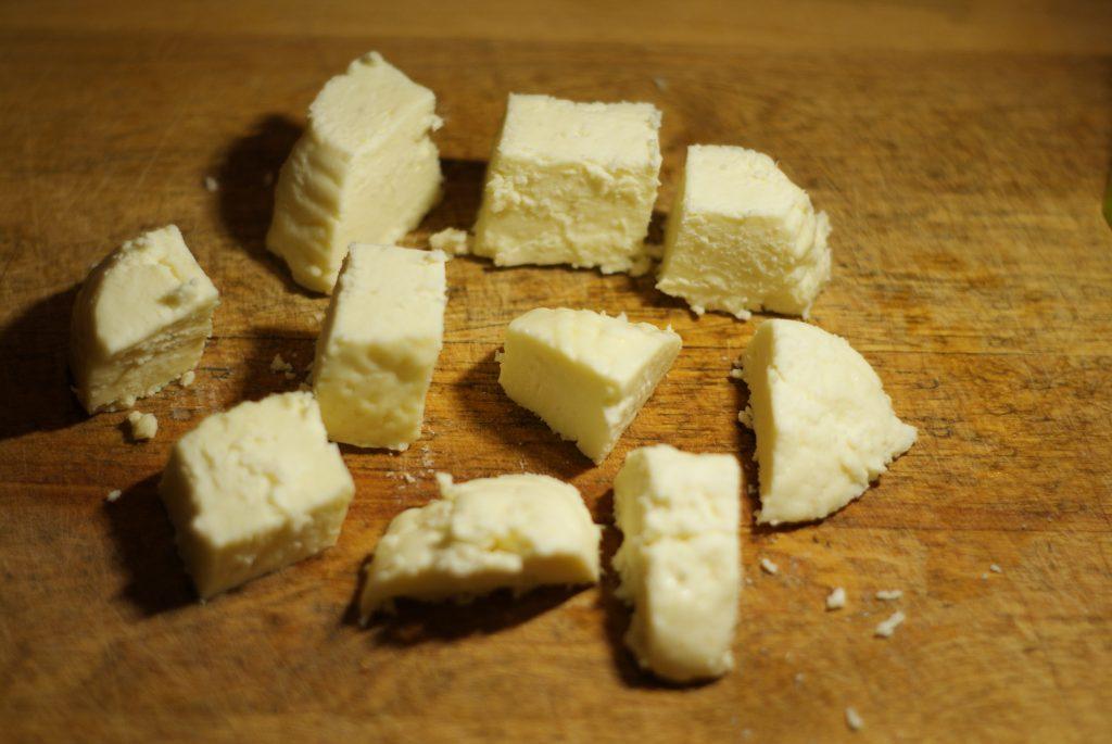 Фото рецепта - Жаренный сыр панир - шаг 2