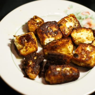 Фото рецепта - Жаренный сыр панир - шаг 6