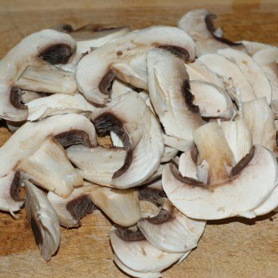 Фото рецепта - Ароматный Бирияни из риса с грибами и фасолью - шаг 6