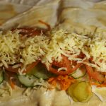 Фото рецепта - Домашняя шаурма с овощами и курицей - шаг 9