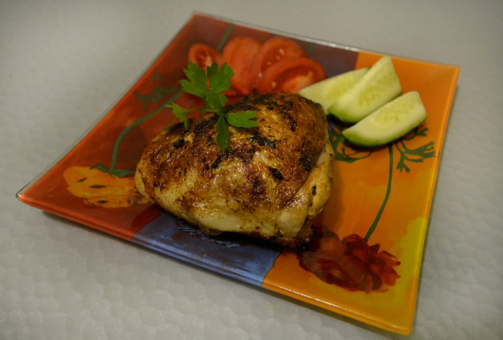 Фото рецепта - Жареные куриные бёдрышки - шаг 5