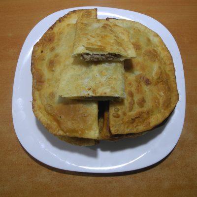 Фото рецепта - Домашние чебуреки - шаг 7