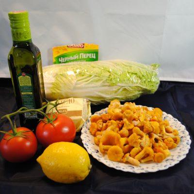 Фото рецепта - Оригинальный салат с лисичками - шаг 1