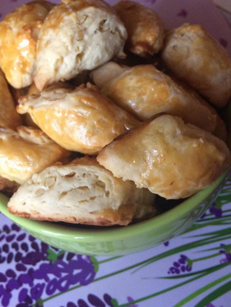 Фото рецепта - Бюджетное сырное печенье - шаг 6