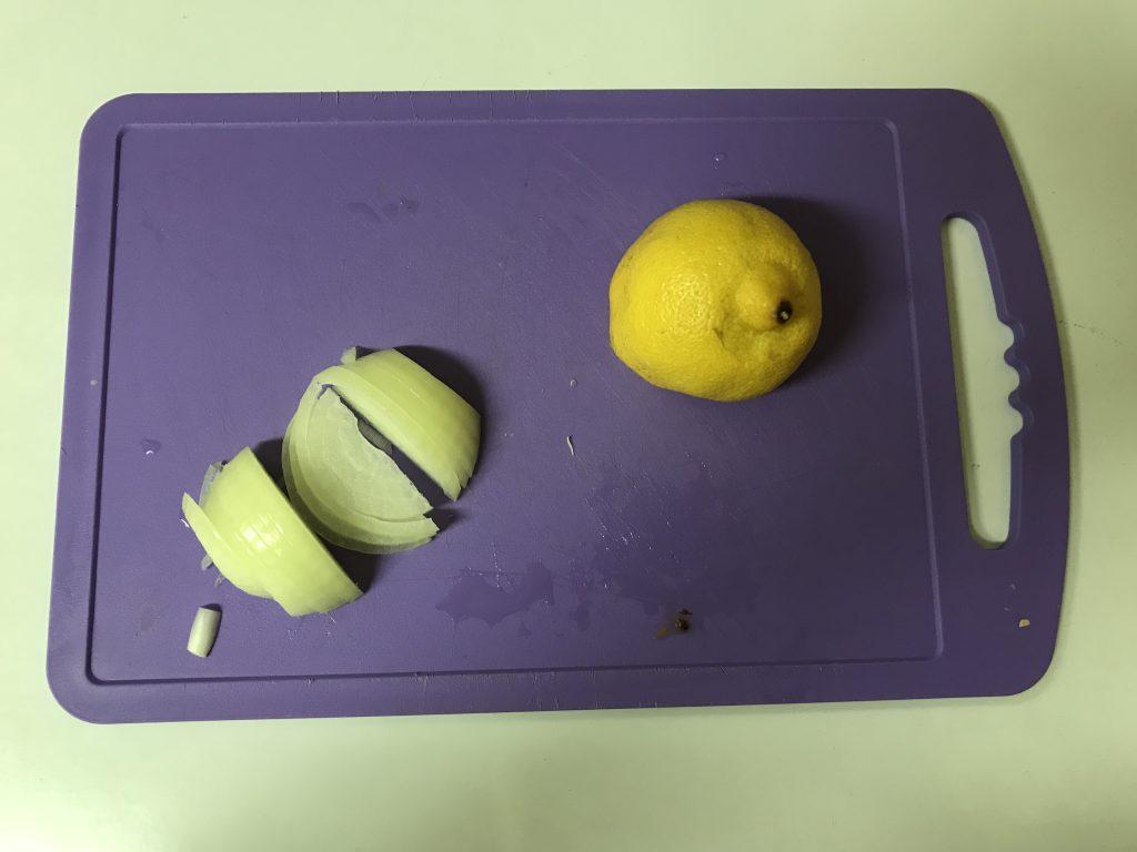 Фото рецепта - Камбала запеченная с картофелем и лимоном - шаг 3