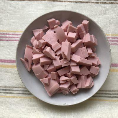 Фото рецепта - Домашняя солянка без оливок - шаг 2