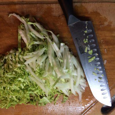Фото рецепта - Салат с икрой из лосося - шаг 4
