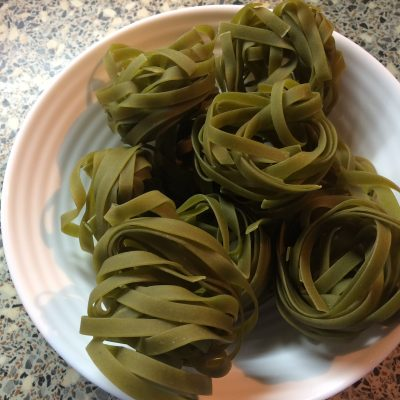 Фото рецепта - Паста с грибами в соусе - шаг 1