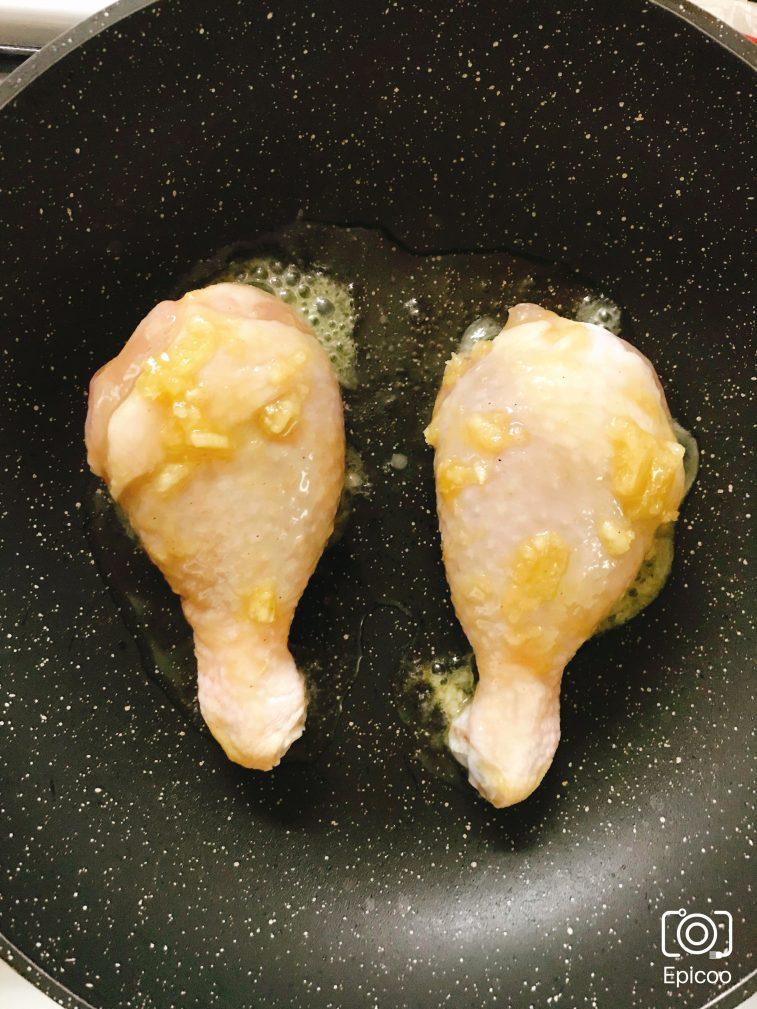 Фото рецепта - Глазированные мёдом куриные голени - шаг 4